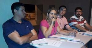 Secretários participam de reunião para discutir a utilização e organização da Praça CEU