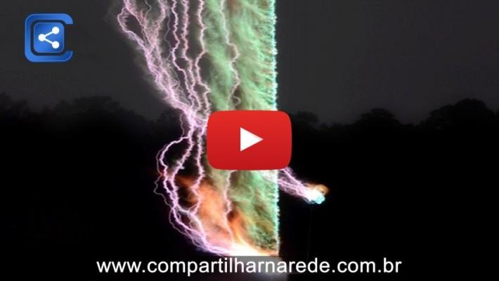 Cientista cria a primeira imagem real e detalhada de um trovão