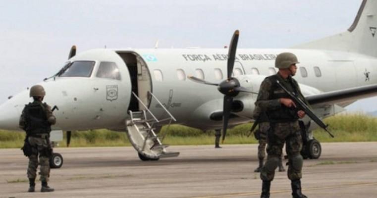 FAB transporta 16 toneladas de medicamentos para abastecer cidades do Nordeste