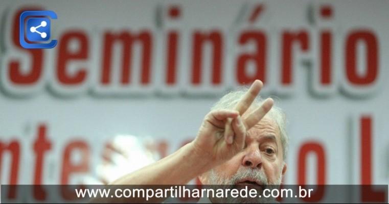 Defesa de Lula recorre ao STF contra decisão de Fachin