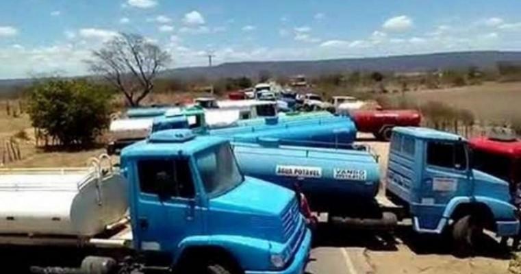 Pipeiros ameaçam bloquear acesso à Missa do Vaqueiro de Serrita se governador não quitar débitos