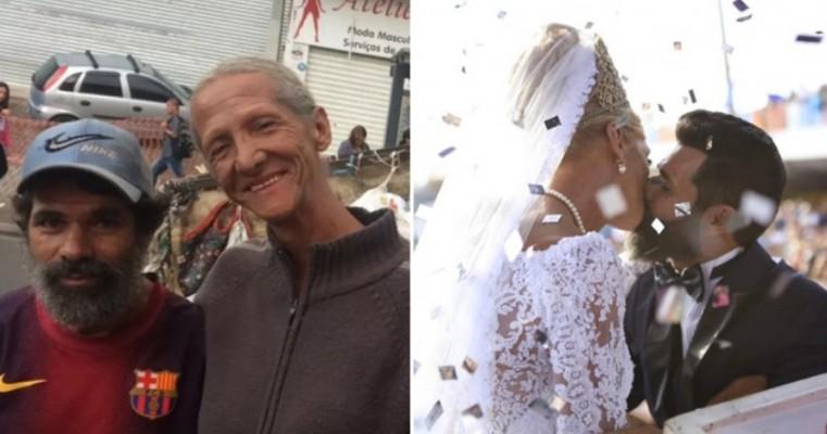 Juntos há 16 anos, casal de catadores ganha casamento em Parada LGBT