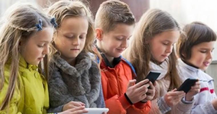 Facebook vai bloquear contas de crianças e pré-adolescentes
