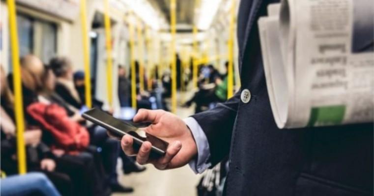 Após remoção do Facebook, cúpula do MBL troca WhatsApp por Telegram e prepara ofensiva