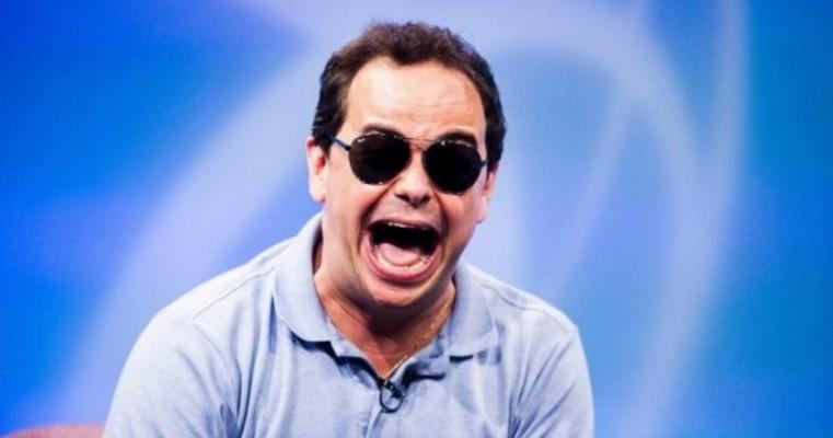 Carioca, ex-Pânico, assina com a Globo para tentar reverter fracasso do Vídeo Show