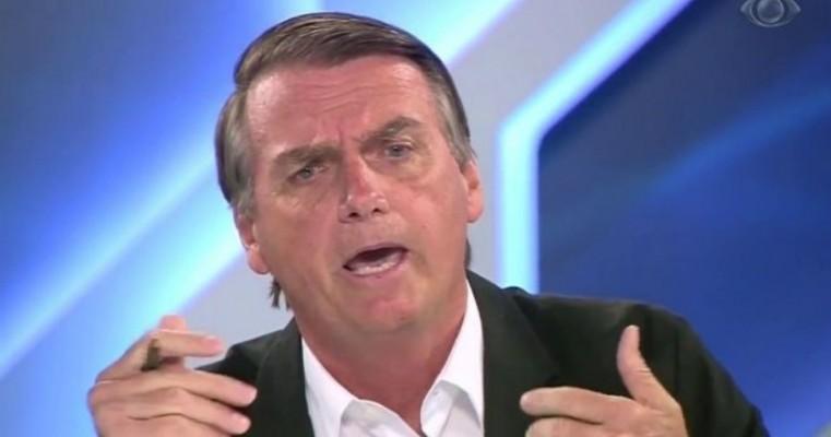 O candidato Jair Bolsonaro promete castrar estupradores, caso seja eleito
