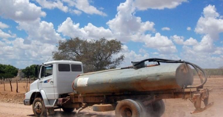Curaçá: Pipeiros mantêm greve e distribuição de água fica comprometida