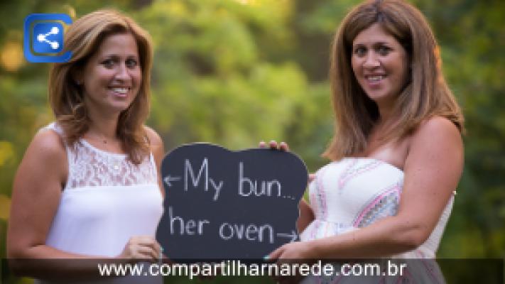 Mulher topa ser barriga de aluguel da irmã gêmea e dá à luz sobrinho