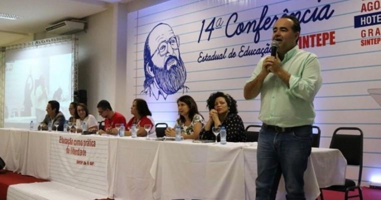 Júlio Lóssio defende maior valorização dos professores durante 14ª Conferência Estadual de Educação
