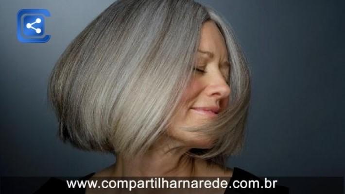 Clique Ciência: por que nosso cabelo muda de cor?