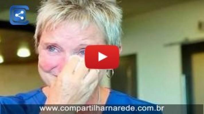 Esta enfermeira já salvou a vida a milhares de bebés, ela não sabe que está prestes a encontra-los já crescidos!