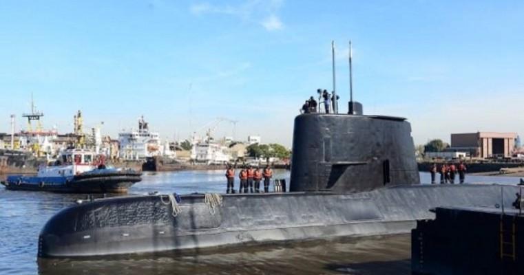 Submarino argentino desaparecido há um ano com 44 a bordo é localizado