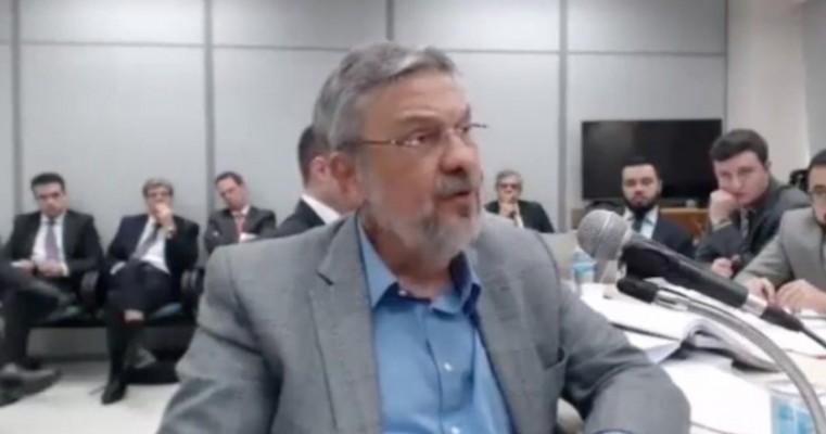 Palocci diz que acertou propina para filho de Lula em negociação de MP