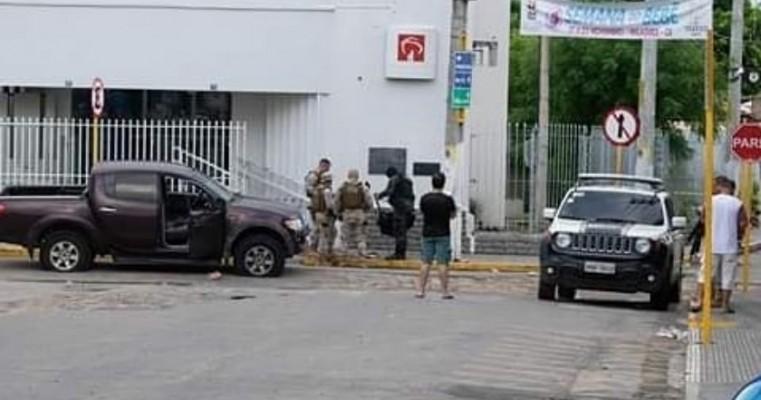 Tentativa de assalto a agências bancárias de Milagres-CE deixa 13 pessoas mortas; entre as vítimas estão serra-talhadenses