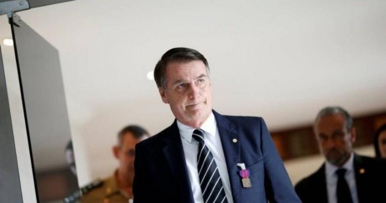 Bolsonaro e o empréstimo ao ex-assessor de seu filho