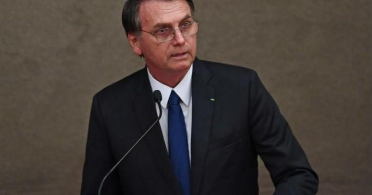 Bolsonaro diz que 'a soberania do voto popular é inquebrantável'