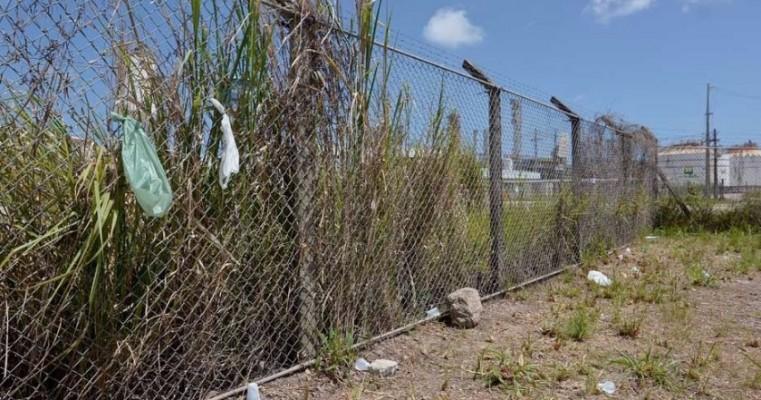 Refinaria Abreu e Lima sofre com falta de manutenção; veja fotos