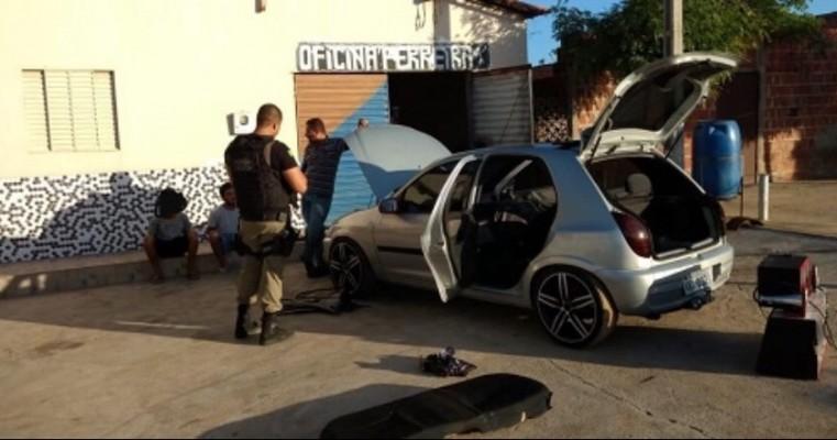 Paulistana PI – Força Tática flagra veículo com droga no filtro do ar, motorista é preso e menor apreendido