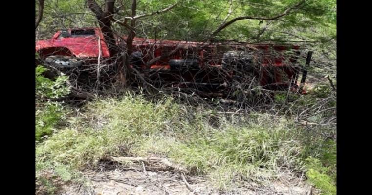 Juazeiro BA – Caminhão Tomba na Pista Próximo a Fazenda Mariad
