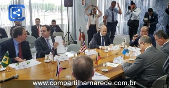 Encontro preparatório reúne governadores em Brasília