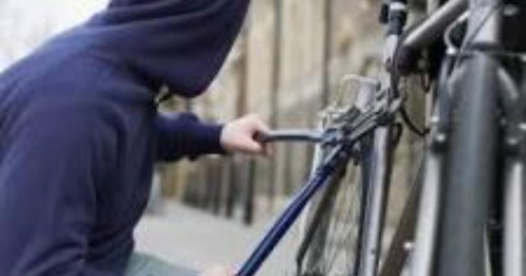 Ladrão furta objetos em ST e vai vende-los próximo a cena do crime