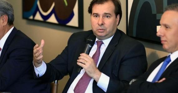 Articulação política abala confiança de analistas na reforma