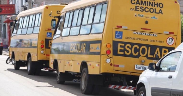 Salgueiro PE: Prefeitura Municipal entrega mais quatro novos veículos para aprimorar os serviços públicos.