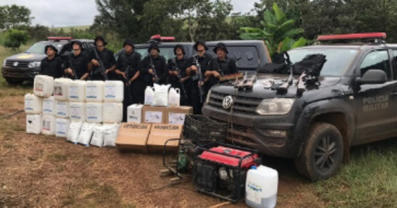 Jataí-GO: Polícia apreende meia tonelada de drogas; traficante morre durante o confronto.
