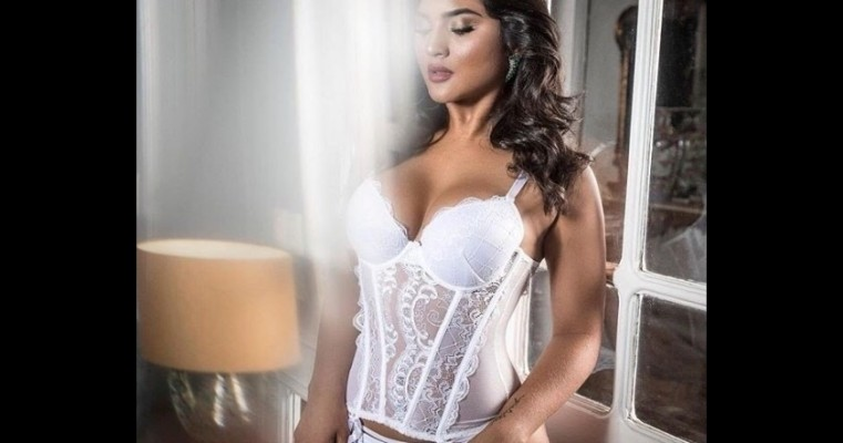 """Mileide Mihaile posa de lingerie e ganha elogios: """"Parou a internet"""""""