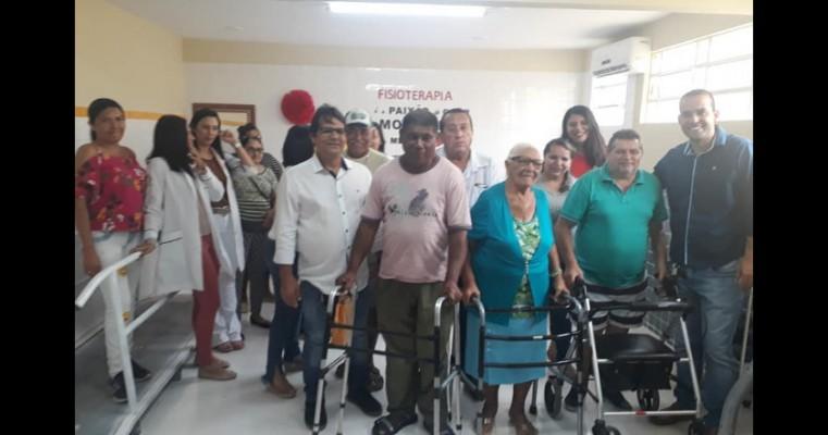 Prefeito Agabio Sampaio e equipe inaugura sala de fisioterapia no hospital João Muniz.