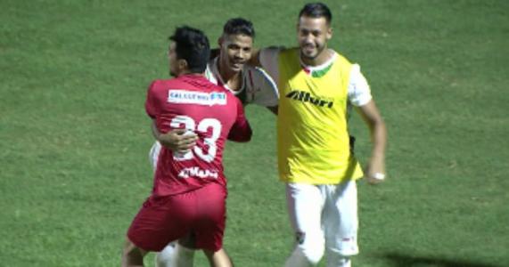 Com três gols de Willian Anicete, Salgueiro vence Sergipe e assume liderança do grupo A8