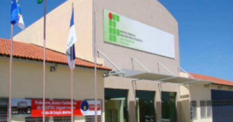 IF Sertão-PE abre inscrições de concurso público para cargos de nível técnico e superior