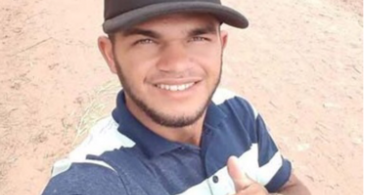 Jovem morre após ser esfaqueado pelo irmão em São José do Belmonte-PE