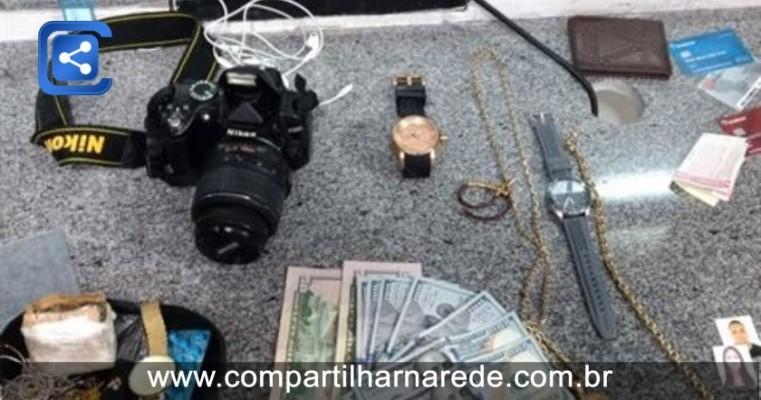 Trio é preso suspeito de furtar pertences de apartamento de Chinês, na Zona Sul