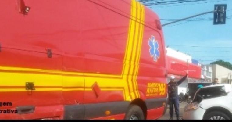 Salgueiro – Homem alcoolizado bate em viatura do Corpo de Bombeiros no bairro da Bomba