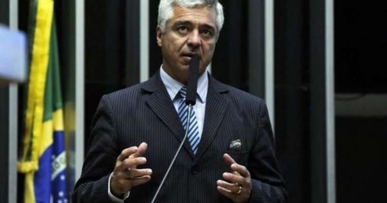 CCJ do Senado aprova projetos que derrubam decreto de armas de Bolsonaro