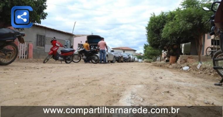 Prefeitura Municipal assina Ordem de Serviço para pavimentação da Vila Garrancho