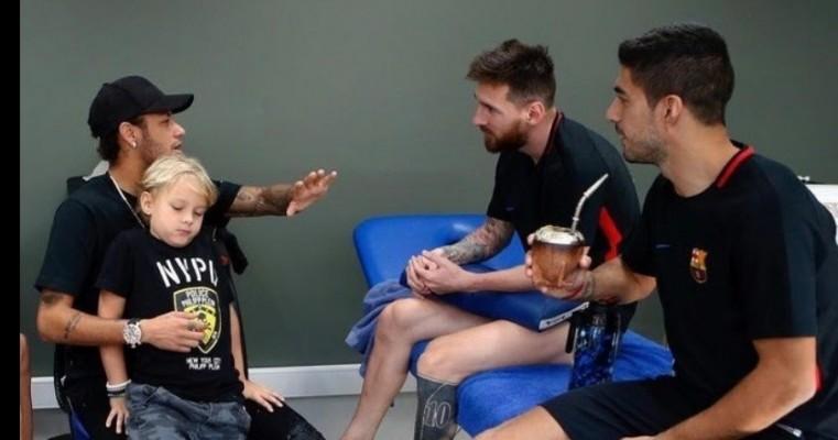 Messi pede o reforço de Neymar, e Barça estuda envolver Griezmann