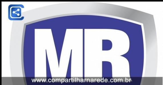 MULHER ATACA PADRE MARCELO ROSSI E JOGA DO PALCO DURANTE A MISSA DE ENCERRANENTO DO PHN 2019