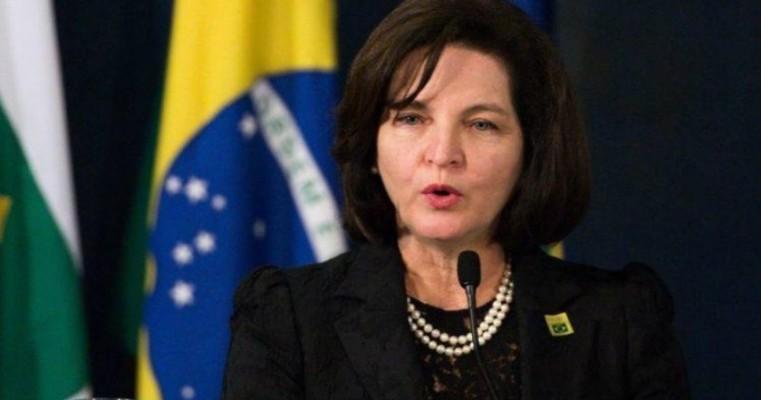 Bolsonaro avalia indicações para a Procuradoria-Geral da República