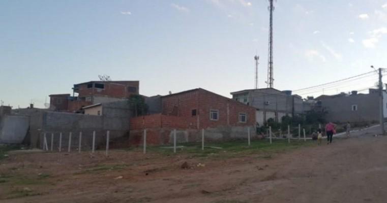 Salgueiro/PE – Moradores ignoram notificação e continuam invadindo terrenos na antiga Estação Ferroviária