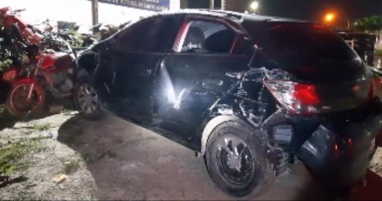 Após perseguição motorista é detido com carro roubado na BR 232, em Gravatá