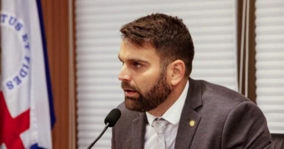 Gustavo Gouveia propõe audiência do COSEMS com a Comissão de Saúde sobre atraso no repasse de recursos