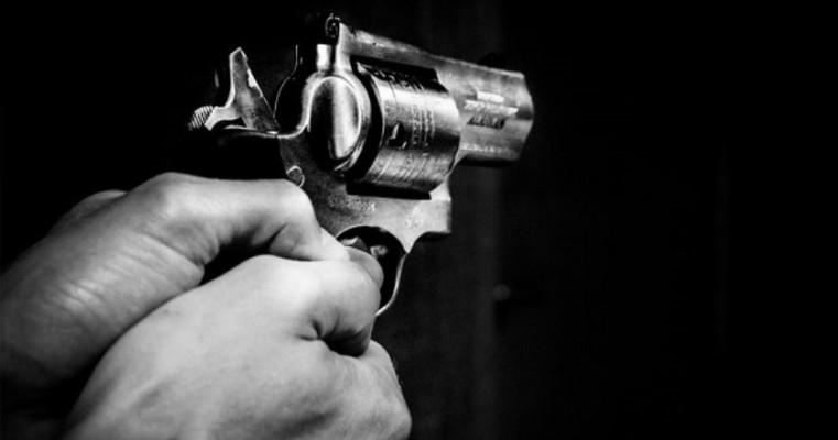 Assaltantes roubam veículo de empresa provedora de internet na zona rural de Salgueiro