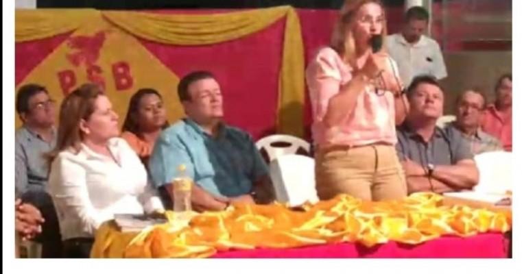 Cedro-PE: Riva Bezerra assina ficha de filiação do PSB e deve ser candidata a prefeita com aval do governador Paulo Câmara
