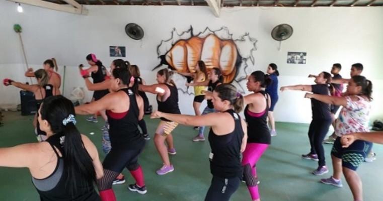 Aulão de Body Combat emana saúde no feriado da Proclamação da República em Salgueiro