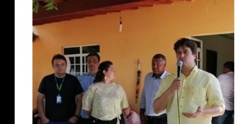 Prefeita Aline e o deputado Lucas Ramos levam água a 54 família da Malhada do Canto TERRA NOVA PE