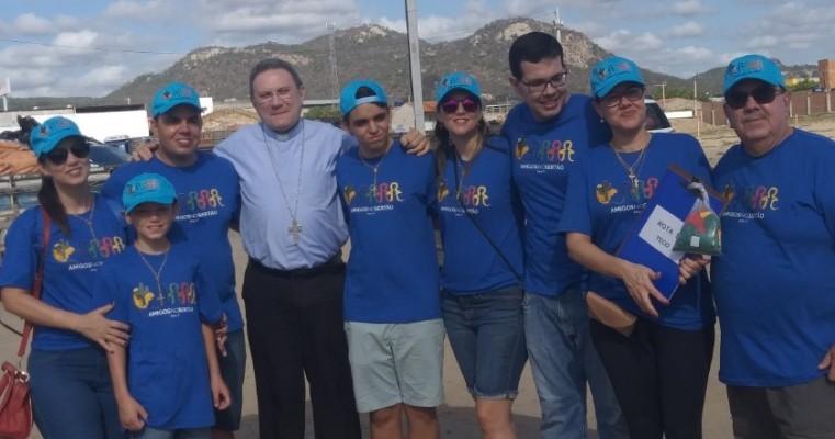Grupo Amigos do Sertão entrega doações a famílias de baixa renda na zona rural de Salgueiro
