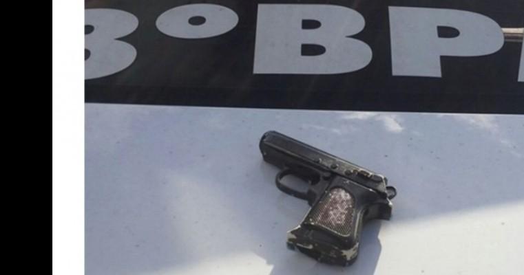 """Salgueiro – Jovens são detidos com simulacro e arma de fogo no bar """""""