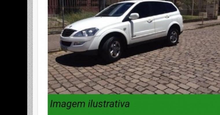 Bandidos roubam carro importado de morador de Salgueiro no município de Parnamirim